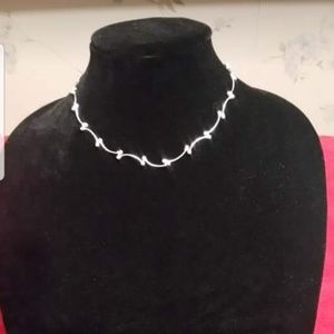 Jewelry - Sterling Silver Vine Necklace